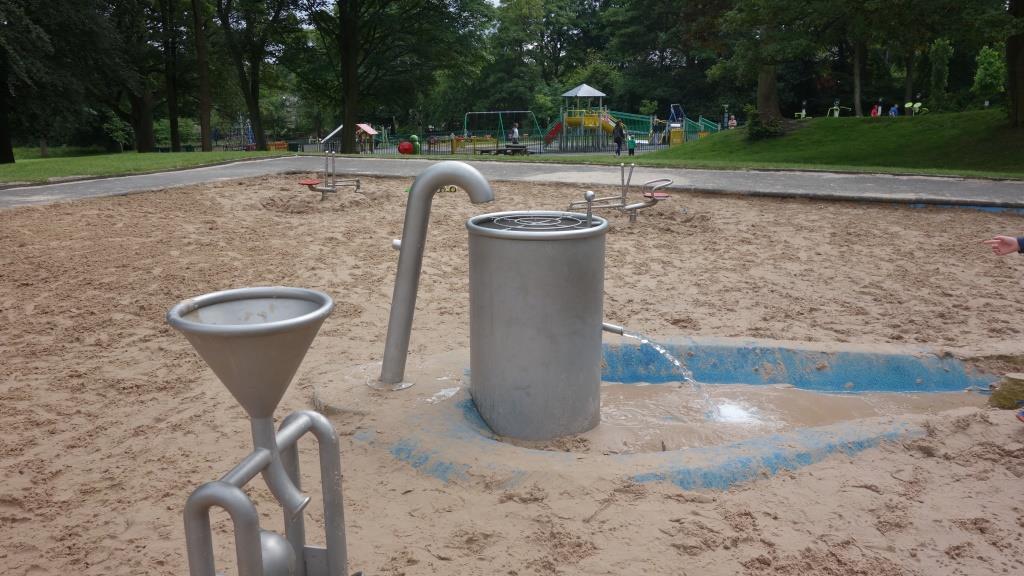 Manor Heath sand play area