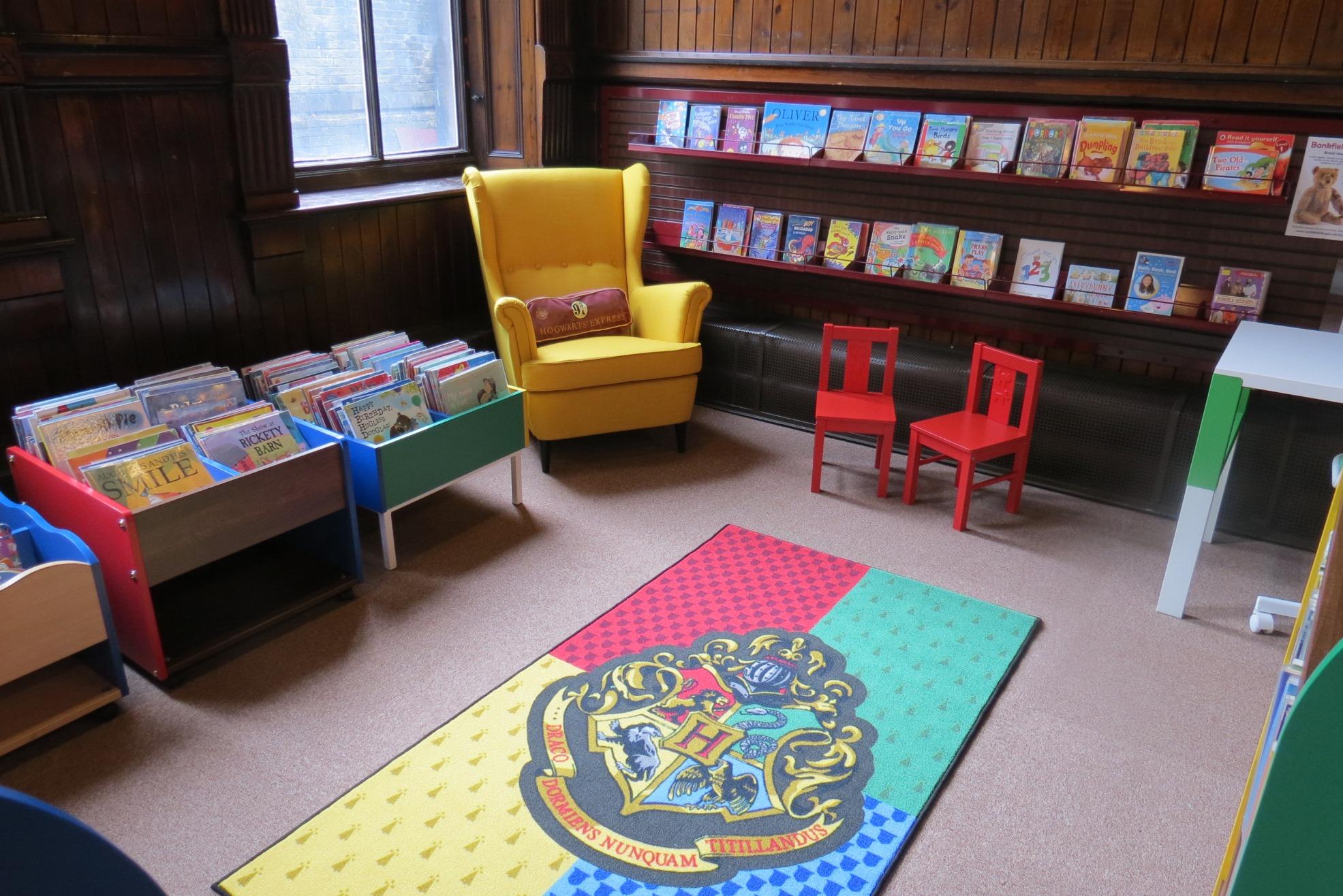 Akroyd library