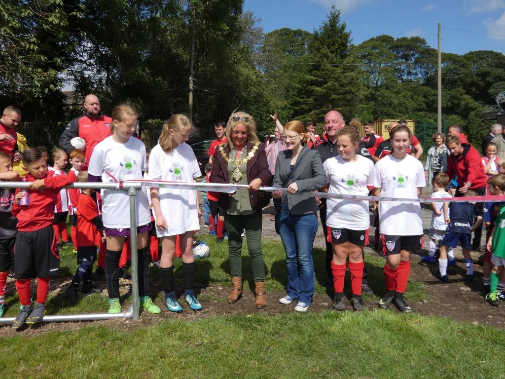 Pitch opening Crossleys